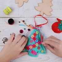 Creative DIY Christmas Gifts for Different Ages (DIY Holiday Presents)