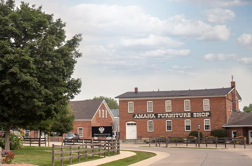 This image has an empty alt attribute; its file name is Amana-Colonies-Day-Trip.jpg