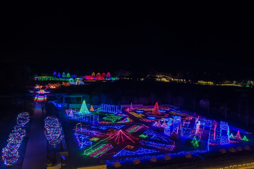This image has an empty alt attribute; its file name is Festival-of-Lights-at-Powell-Gardens-1024x681.jpg